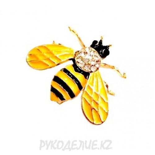 Брошь насекомые