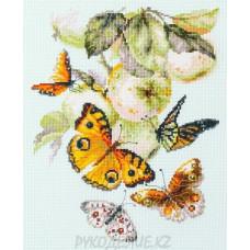 Набор для вышивания крестом Бабочки на яблоне 21*27см Чудесная игла