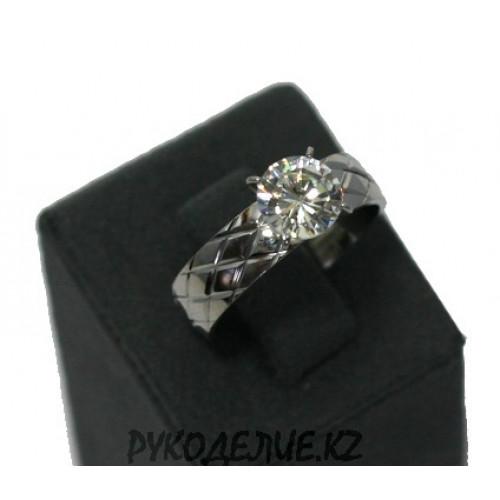 Кольцо два цвета с камнем (120)